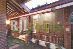 Bangunan utama sebagai pusat aktifitas keluarga