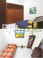 Kamar tidur utama konsep simple & kamar di lantai 2