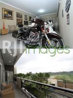 Koleksi Harley Davidson dan view alam seperti Ubud